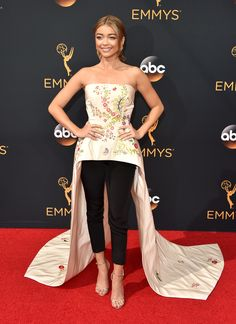 Sarah Hyland - 68th Annual Emmy Awards in LA - Sept 19, 2016
