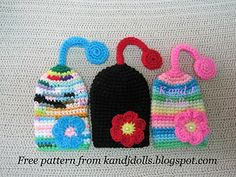 Flower Key Cozy - free Amigurumi crochet pattern ~ Amigurumi crochet patterns ~ K and J Dolls / K and J Publishing