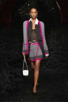 Boutique Haute Couture, Style Couture, Chanel Couture, Haute Couture Fashion, Knit Fashion, French Fashion, Fashion Week, Runway Fashion, Fashion Trends