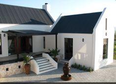 . Farmhouse Architecture, Vernacular Architecture, Architecture Details, Modern Barn, Modern Farmhouse, Farmhouse Design, Holland, Dutch House, Dream Beach Houses