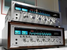 Marantz 2270 Stereo Receiver, via Flickr.
