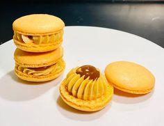 "Hunter macarons on Instagram: ""🧡 Salted Caramel Macaron 🧡  One macaron is never enough!!   #saltedcaramel #treats #macaron #macaronvan #foodvan #foodtruck #baking…"" Salted Caramel Macaron, Food Vans, Never Enough, Food Truck, Macarons, Muffin, Treats, Baking, Breakfast"