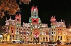 Madrid. Palacio de Cibeles. Iluminacion navideña 2014