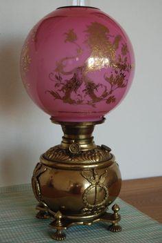 Antique old oil kerosene gwtw pink cased glass lion shade banquet victorian lamp Victorian Lighting, Victorian Lamps, Antique Lighting, Antique Oil Lamps, Vintage Lamps, Antique Decor, Chandelier Design, Chandeliers, Cool Lamps