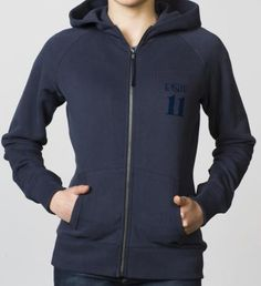 GIRLS - EQIP-11 zipper sweater - navy. For girls who also want to radiate team spirit and sportsmanship off the field.