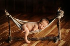 idea for diy hammock for baby. OMG how cute is this for a newborn picture!!