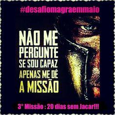 Meninas!! Quem vem Comigo!!! 20 dias sem Jacar!!! Preciso recuperar o Prejuízo e abrir mais um Cadeadinho!!! Vamos Focar para SECAR!!! Vem comigo! @projetosimagra  #timedaspoderosas  #desafiomagraemmaio _____________para eu te seguir e curtir suas fotosmarca  nos seus posts @projetosimagra e #desafiomagraemmaio #dieta #magra #slim #lowcarb #emagrecendocomsaude #projetobabababy #projetomagra #estilodevida #nopainnogain #gym #foconadieta #fit #foco #teambellafalconi #maispertodoqueontem…