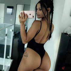 Radass has the best Hump Day pic ever. New galleries weekly compiling thousands of hump day pics. Hot babes with big butts images. Sexy women for humpday. Selfies, Selfie Gato, Katya Henry, Hip Hop Models, Le Jolie, Nice Asses, Bikini Models, Sexy Ass, Britney Spears