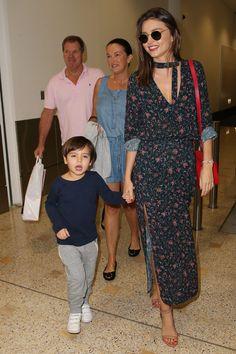 Viajar (como Rosie Huntington y Victoria Beckham) es un placer © Gtresonline / Cordon