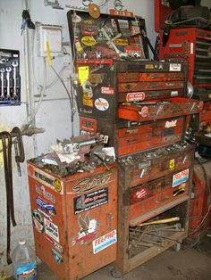 I guess you need a pic to start off this account. Pole Barn Garage, Old Garage, Garage Tools, Garage Shop, Garage Workshop, Mechanic Tool Box, Mechanic Garage, Mechanical Workshop, Machinist Tools