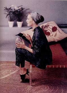 John Rawlings photograph; this picture encapsulates a glamorous woman.