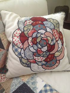 Pearl's Cottage: Linen and Cotton Throw Pillows