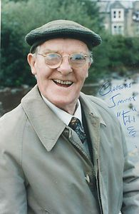 Born: December 1911 - Died: April 2003 Danny O'Dea Last of the Summer Wine -Eli Duckett British Tv Comedies, British Comedy, British Actors, Bbc Tv Shows, Comedy Tv Shows, Last Of Summer Wine, English Comedy, Comedy Nights, Uk Tv