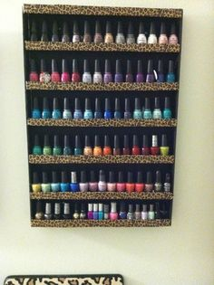 I need this, my nailpolish collection is getting out of control. Awesome way to organize them!