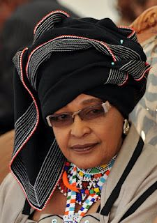 Winnie Madikizela-Mandela, former wife of Former South African President Nelson Mandela dressed in Xhosa tribe attire. Nelson Mandela, African History, Women In History, Black History, African Beauty, African Women, African Fashion, African Style, Xhosa Attire
