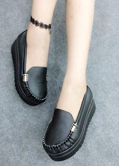 Mua giày xinh online ở đâu - Giày mọi bánh mì