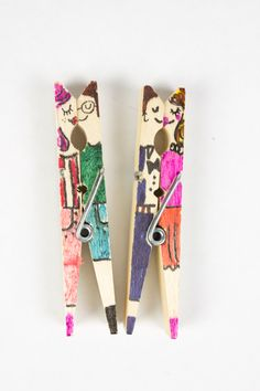 clothespin kissing people and other doodles- fun open-ended art prompt for kids