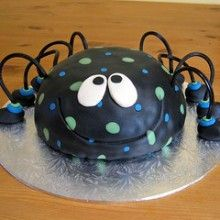 spider smash cake but it purple and sparkles