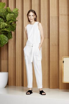 Theyskens Theory Ready To Wear Spring Summer 2015 New York