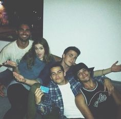 Tyler Hoechlin, Holland Roden, Colton Haynes, Dylan O'brien and Tyler Posey- Teen Wolf cast 💖💖💖 season 1 Teen Wolf Memes, Teen Wolf Funny, Teen Wolf Boys, Teen Wolf Dylan, Teen Wolf Stiles, Teen Wolf Cast, Scott Mccall, Tyler Posey, Tyler Hoechlin