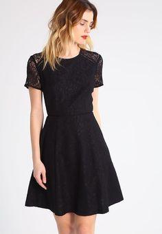 Die 212 besten Bilder von Konfi-Kleid   Dress skirt, Outfits und ... 94111f7e97