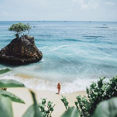 Arrived in Bali  This is one of my favourite destinations and it never fails to make me happy. Although this is my 5th visit to Bali, I keep coming back for more to explore and the good vibes ✌️ There are endless beaches and waterfalls to explore and a he