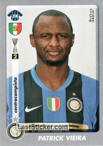 Patrick Vieira, Milan Football, Blues, Baseball Cards, America's Cup, Trading Cards, Hs Sports, Soccer