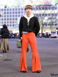 Tokyo Menswear Street Style w/ Blunt Bob, Cropped Blazer, Faith Tokyo Hoodie, Flared Pants & Zara Shoes Zara Boots, Blunt Bob, Orange Pants, Cropped Blazer, White Hoodie, Black Blazers, Flare Pants, Fashion Sketches, Sweater Hoodie