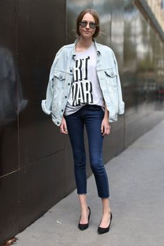 Denim Days: 30 Days in Our Jeans: An oversize denim jacket gives your skinnies a trendy, '90s-feeling update.