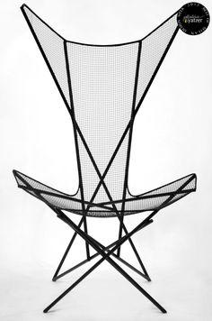 Linee chair by Taewoo Kim. (Salone Satellite). / BEST OF MILAN DESIGN WEEK 2013 /  http://www.yatzer.com/best-of-milan-design-week-2013 /