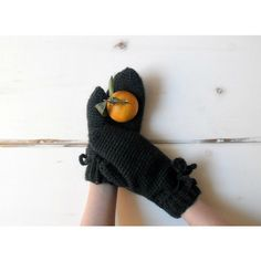 Crochet mittens, forest green mittens, winter accessories (100 ILS) ❤ liked on Polyvore featuring accessories, gloves, crochet mittens, pom pom gloves, mitten gloves and crochet gloves