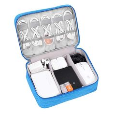 Electronic Organizers USB Storage Bag - Travel Cases For Tech Accessories - Zelt Camping, Ipad Accessories, Electronics Accessories, Electronic Items, Bag Storage, Cord Storage, Bag Organization, Travel Bags, Cool Things To Buy