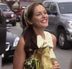 Gossip Girl Prom, Gossip Girl Outfits, Blair Waldorf Gossip Girl, Gossip Girl Blair, Estilo Gossip Girl, Leighton Marissa Meester, Blair And Serena, Rose Colored Glasses, Queen B