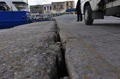 """""""Βυθίζεται"""" το λιμάνι της Χίου - ΦΩΤΟ - ΒΙΝΤΕΟ"""