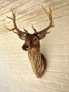 Traditional Baskets, Animal Sculptures, Weaving Techniques, Basket Weaving, Deer, Moose Art, Texture, Shoulder, Craft