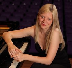 Valentina Lisitsa (Ukraine, born 11 December 1973) is a Ukrainian-American classical pianist who resides in North Carolina. Lisitsa independently launched the beginnings of her career via social media, without initially signing to a tour promoter or record company. Lisitsa is among the most frequently viewed pianists on YouTube and had about 50 million views on her YouTube videos by 2012. http://www.ariafree.com/valentina.html