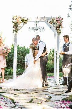 Romantic Pink and White Wedding | Anita Martin Photography | Bridal Musings Wedding Blog20