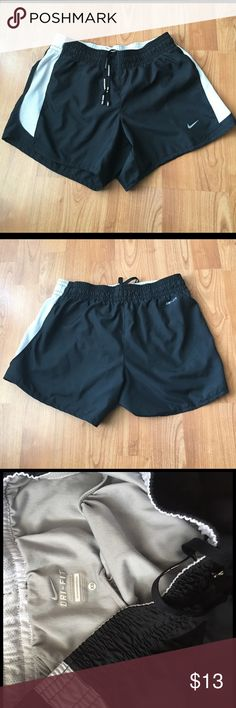 """Cute Nike Dri-Fit Shorts Nike shorts in size XS. Wore them once, like new condition! Stylish and comfy, waist is about 13"""" wide x 11 1/2"""" long from top to bottom. Are lined on the inside! Bundle and save ❤️❤️❤️ Nike Shorts"""