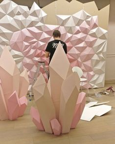 New Origami Paper Folding Decoration Ideas Origami Paper Folding, Paper Folding Crafts, Papier Diy, Diy And Crafts, Paper Crafts, Backdrops For Parties, Stage Design, Event Decor, Paper Flowers