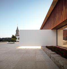 Galeria de Palácio Igreja Velha / Visioarq Aquitectos - 5