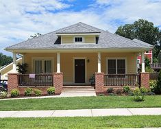 Bungalow Home Plan Bungalow Homes, Bungalow House Plans, Small House Plans, House Floor Plans, Craftsman Floor Plans, Craftsman Houses, Craftsman Style, Kings Home, Small House Decorating