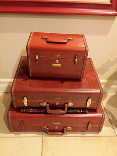 Lady Baltimore Vintage Luggage Set   Mothers, Robins and Vintage ...