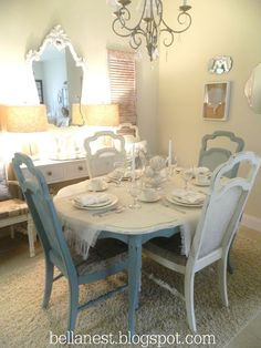 lovely shabby chic dining room using whites and blues