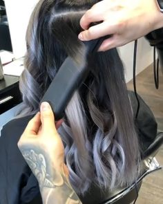 Curls For Long Hair, Easy Hairstyles For Long Hair, Curly Hair Tips, Curly Hair Styles, Hair Curling Tips, Curl Hair With Straightener, Flat Iron Curls, How To Curl Hair With Flat Iron, Hair Upstyles