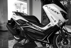 Discover recipes, home ideas, style inspiration and other ideas to try. Yamaha Nmax, Yamaha Scooter, Motorbike Design, Big Boyz, Stick Art, Honda Cb, Custom Bikes, Cars And Motorcycles, Hot Wheels