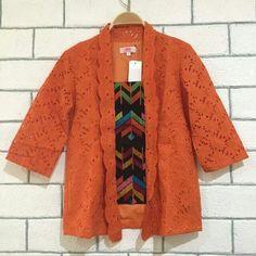 Hfj Kebaya Lace, Batik Kebaya, Blouse Batik, Kimono, Kebaya Encim Modern, Batik Fashion, Kurti Patterns, Ikat, Blouse Designs