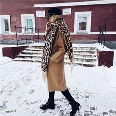 Δωρεάν μεταφορικά άνω των 30€!!  <----------------------------------------->  Μάλλινο κασκόλ με λεοπάρ τύπωμα  FREE Shipping!!!!  #Κασκόλ #Λεοπάρ #electra4u #fashion #style #love #instagood #moda #fashionblogger #photogrl #photooftheday #beautiful #fashionista #art #instafashion #summer #lifestyle #girl Leopard Print Scarf, Blanket Scarf, Winter Outfits, Cashmere, Kimono Top, Chic, Lady, Jackets, Tops