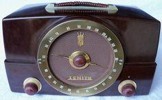 VINTAGE ZENITH RADIO MODEL K725 OLD BAKELITE ? TUBE MADE IN USA CHICAGO ILL. | eBay
