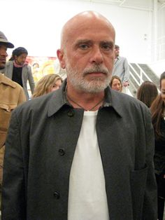 FRANCESCO CLEMENTE is an Italian and American contemporary artist. His art is known for being inclusive and nomadic, crossing many borders, intellectual and geographical. Originally from Naples, he studied architecture in Rome but left to pursue art, traveling with another Italian artist to Afghanistan. He first encountered India in 1973, which became a lodestar for his work. He currently divides his time between New York and India, where he collaborates with local artists.