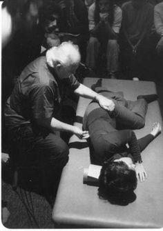 Moshe Feldenkrais in Action